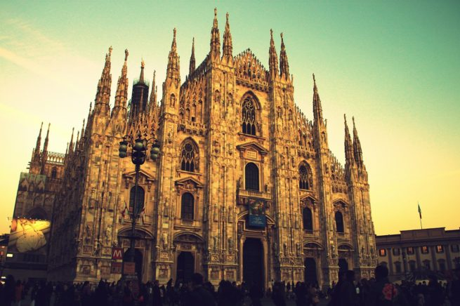 Milan private jet charter service