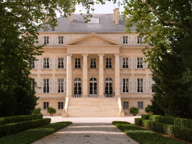 Fly private to France for the Bordeaux Food & Wine Festival