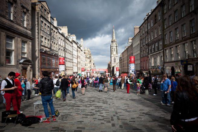 Charter a private jet to the Edinburgh Festival Fringe