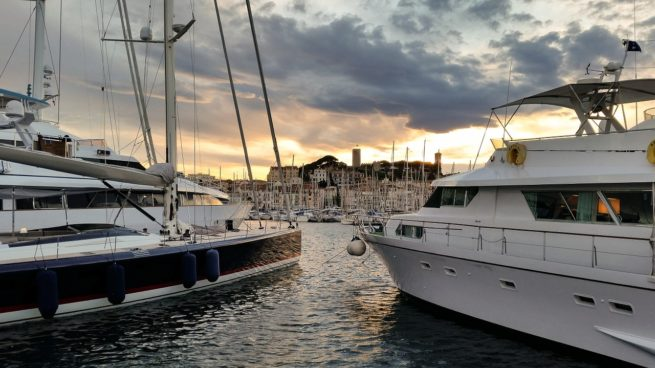 Cannes.OldTown.Yacht